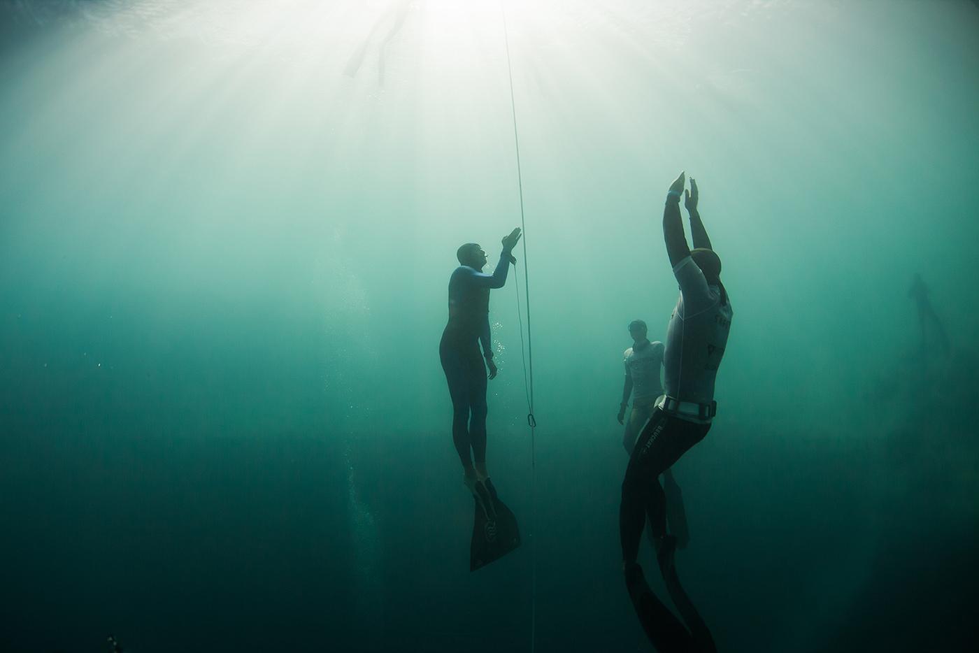 Vertical Blue Freediving photo Logan Mock-Bunting
